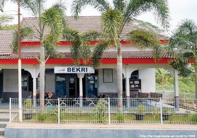 stasiunBekri