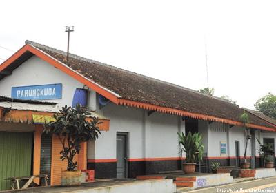 stasiunParungkuda