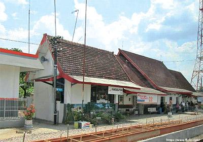 stasiunRandublatung