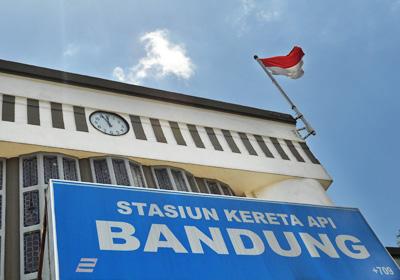 stasiunBandungHall