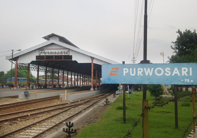 stasiunPurwosari